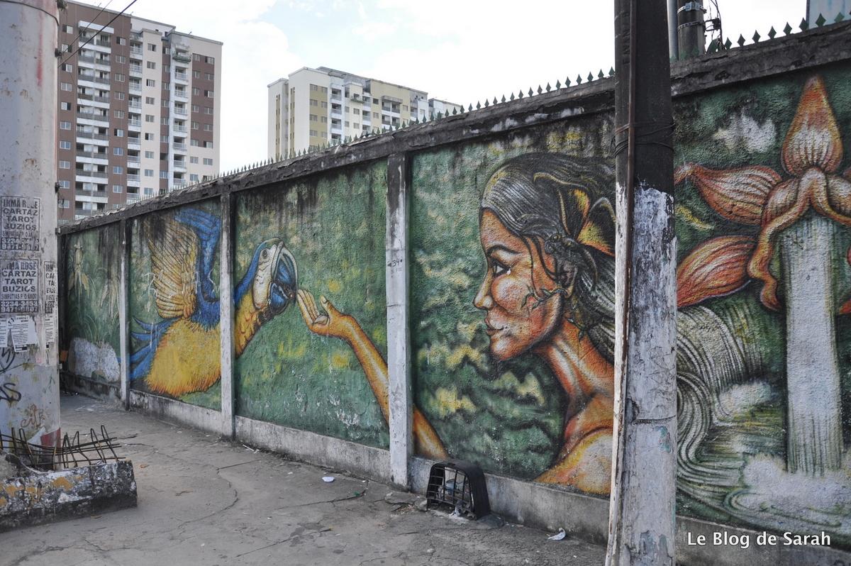 Calle-arte inspirado en la selva en Manaus, rua prof Marciano Armond