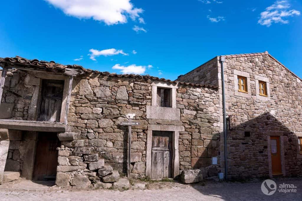 Casario en el pueblo de Picote, Miranda do Douro