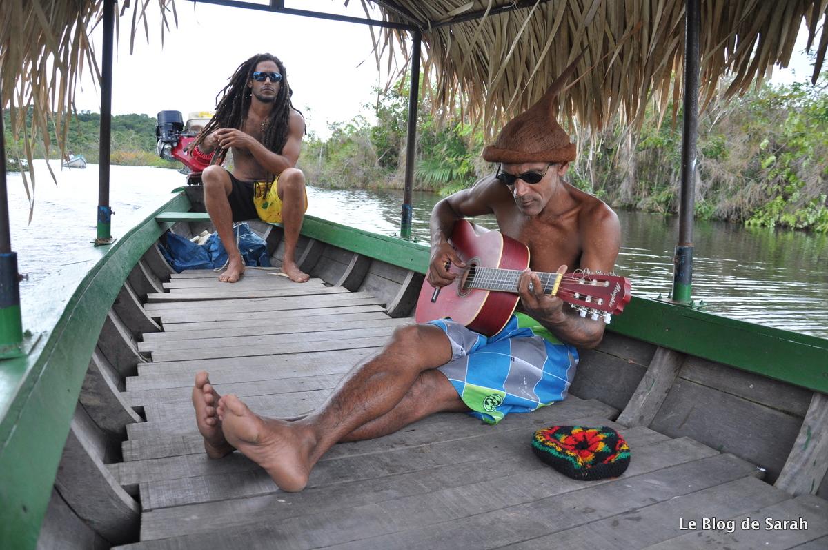 alter do chao barco del amazonas