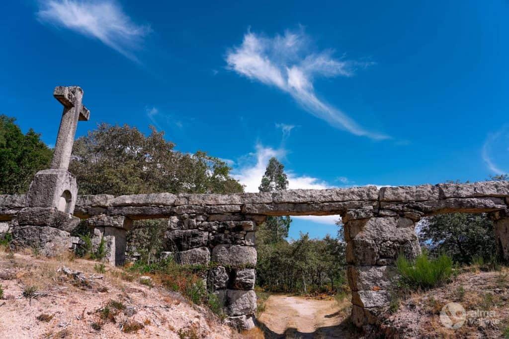 Qué hacer en Castro Laboreiro: visitar Acueducto de Pontes