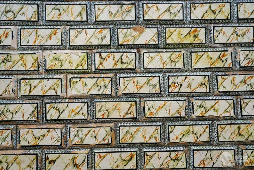 Azulejos con efecto tridimensional en la Rua do Azulejo, Ovar