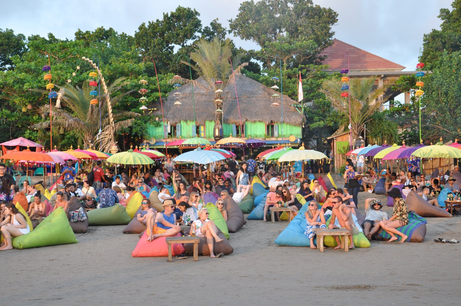 La Plancha en la playa de Seminyak en Bali