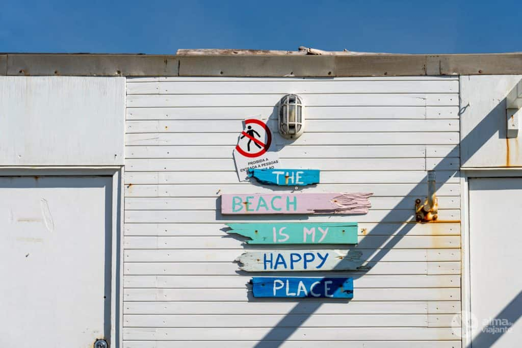 Bar en la playa de moreiró