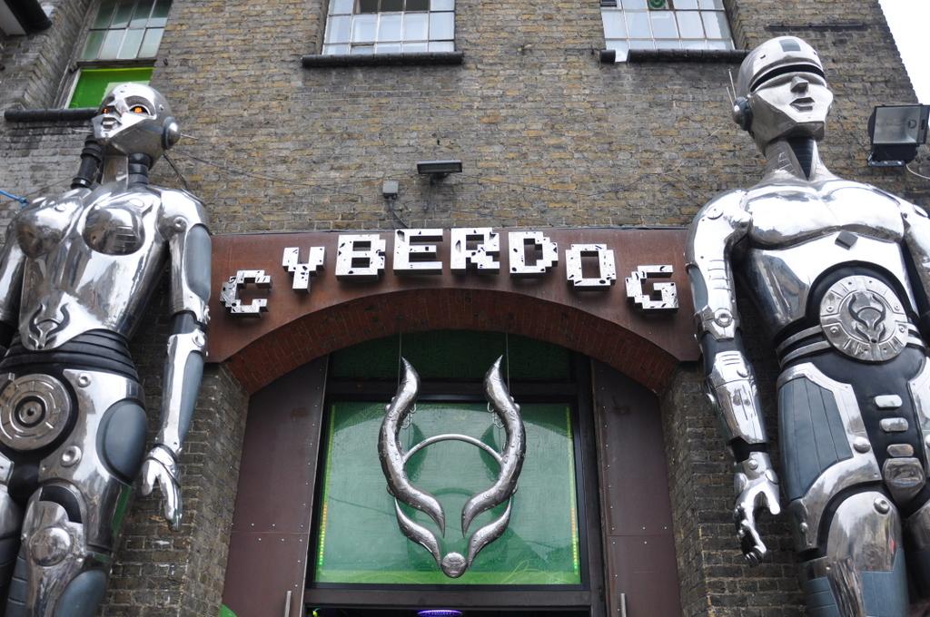 camden-ciudad-cyberdog