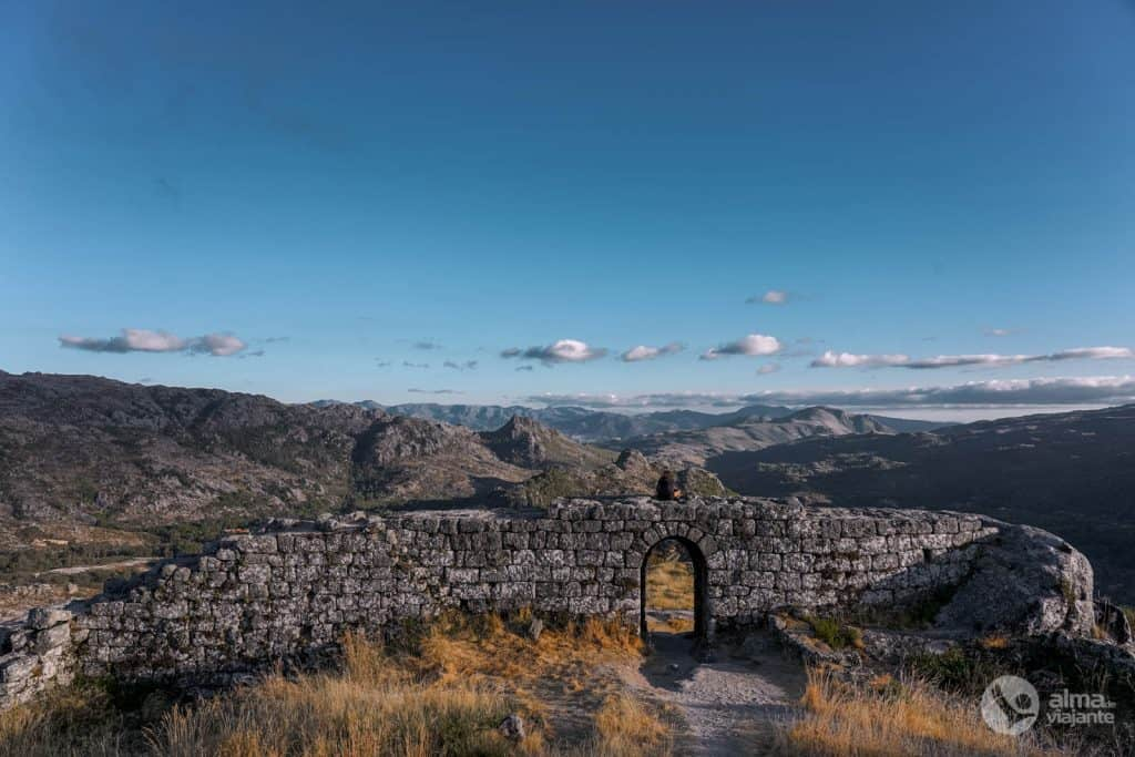 Qué ver en Castro Laboreiro: castillo