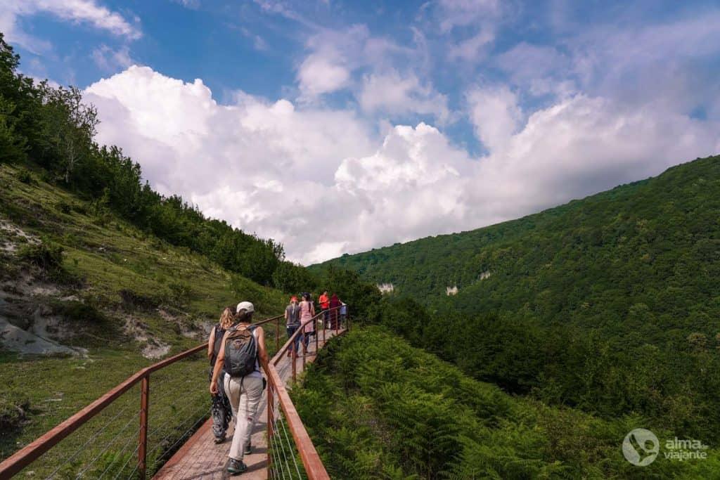Cosas que hacer en Kutaisi: visita Okatse