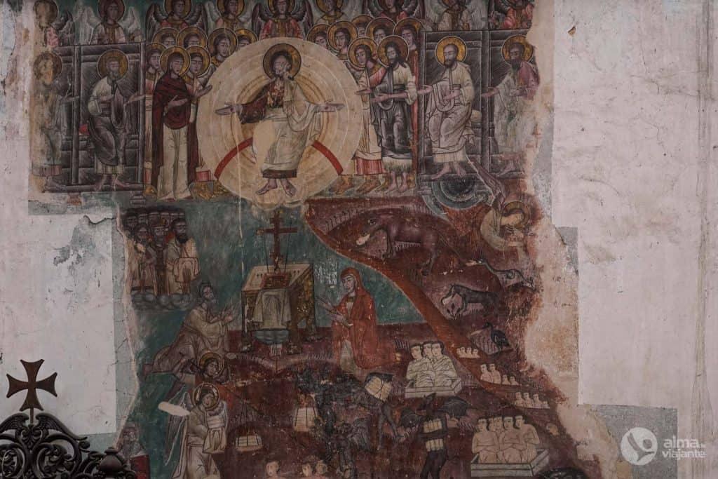 Iglesia fresca de Ananuri
