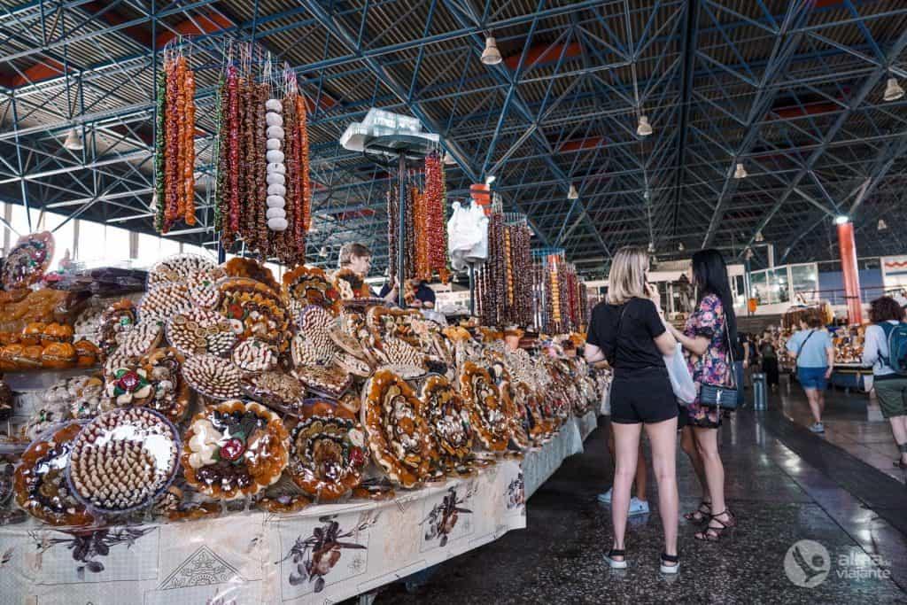 Cosas que hacer en Ereván: visita Gum Market