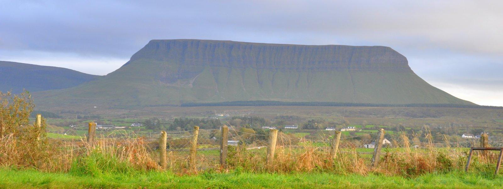 Ben Bulben Montaña cerca de Sligo