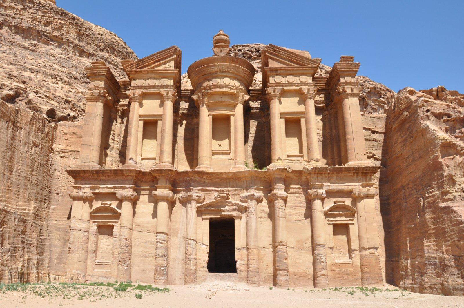 Monasterio de Al-Deir en Petra
