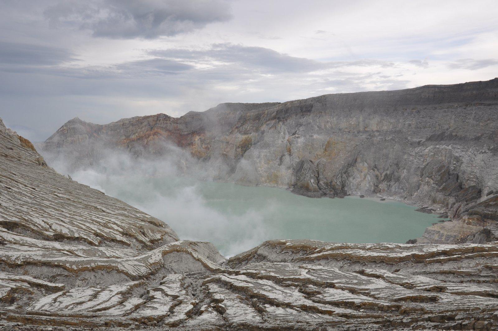kawah-ijen-volcán-Indonesia
