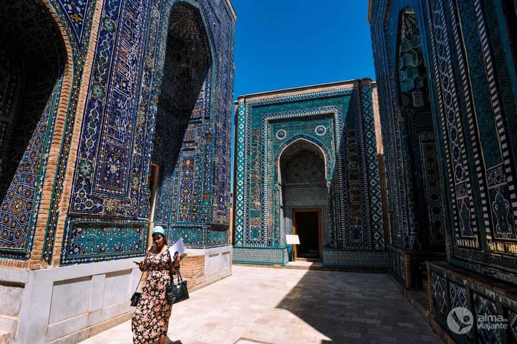 Guión en Uzbekistán: Shakhi-Zinda, Saaline