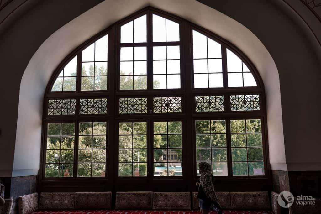 Cosas que hacer en Ereván: visitar la Mezquita Azul