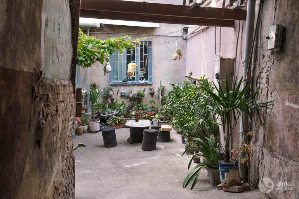 Café minimalista, Tiflis