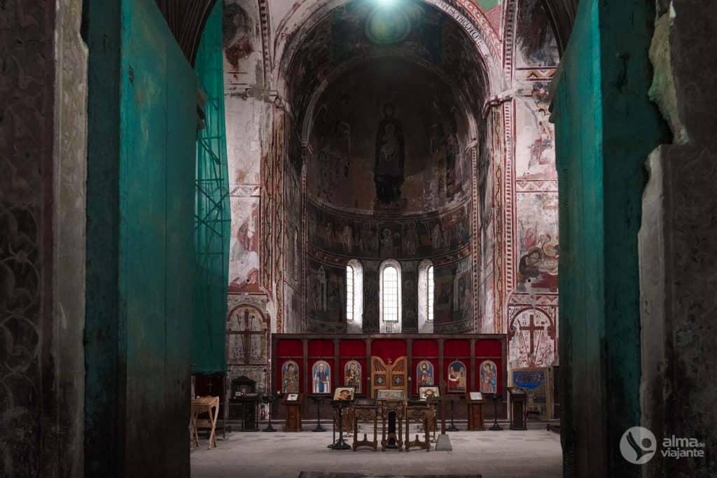 Catedral de la Virgen, Gelati