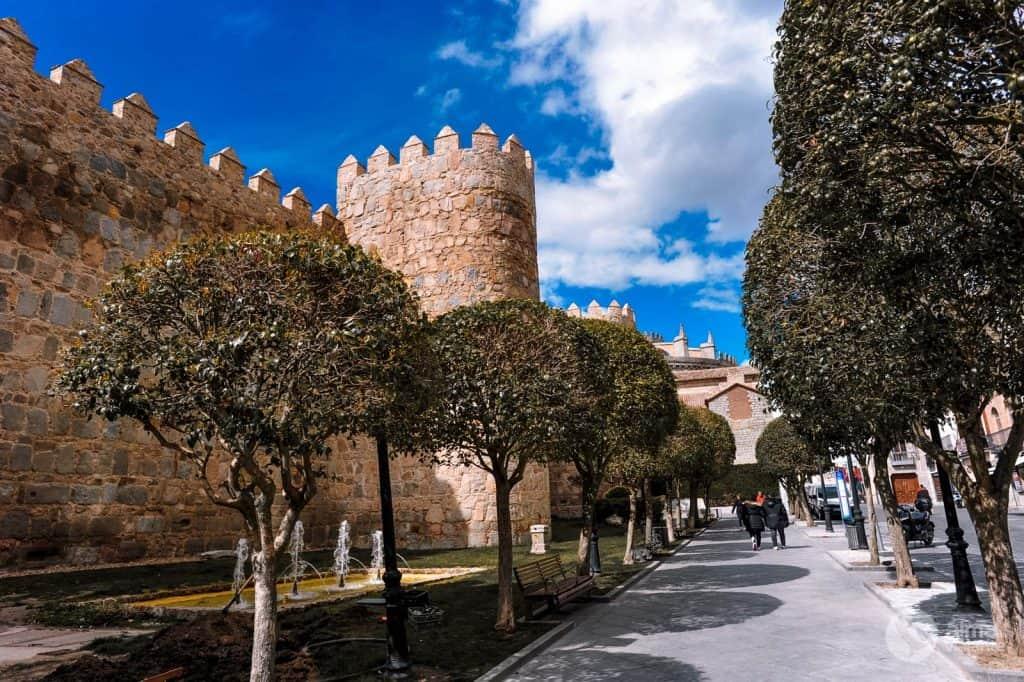 Cosas que hacer en Ávila: Puerta del Alcázar