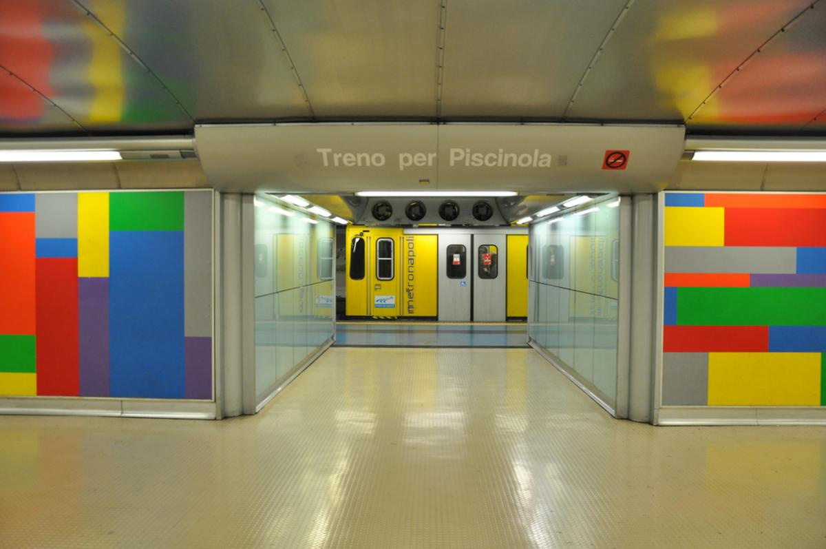 nápoles-metro-materdei
