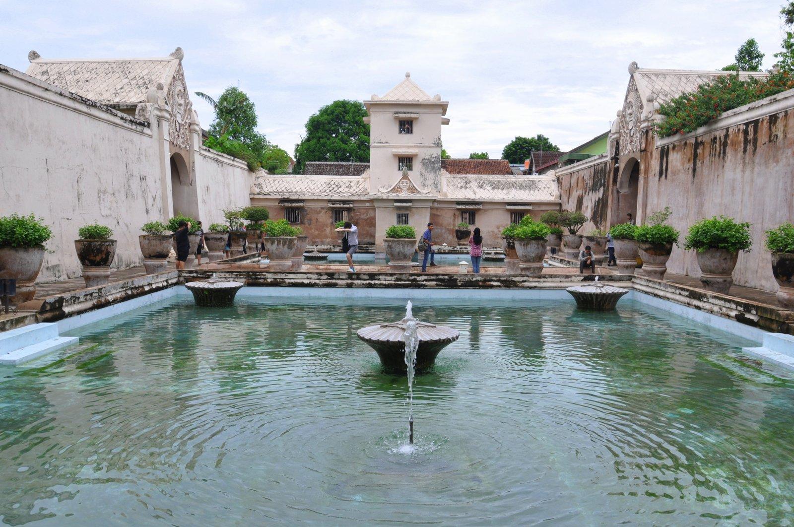 palacio-yogyakarta-taman-sari