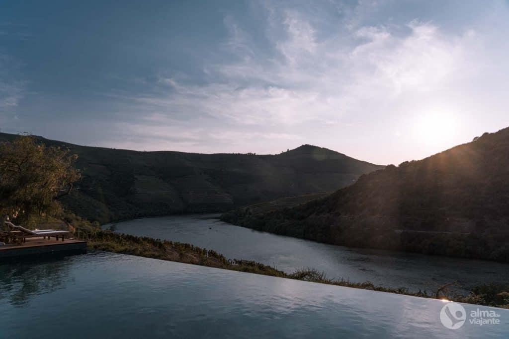 Piscina con vistas al río Duero, Quinta de Ventozelo