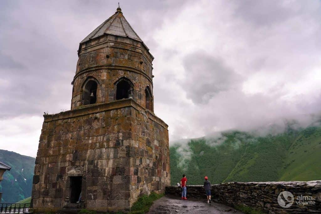 Visita Kazbegi: Iglesia de la Trinidad
