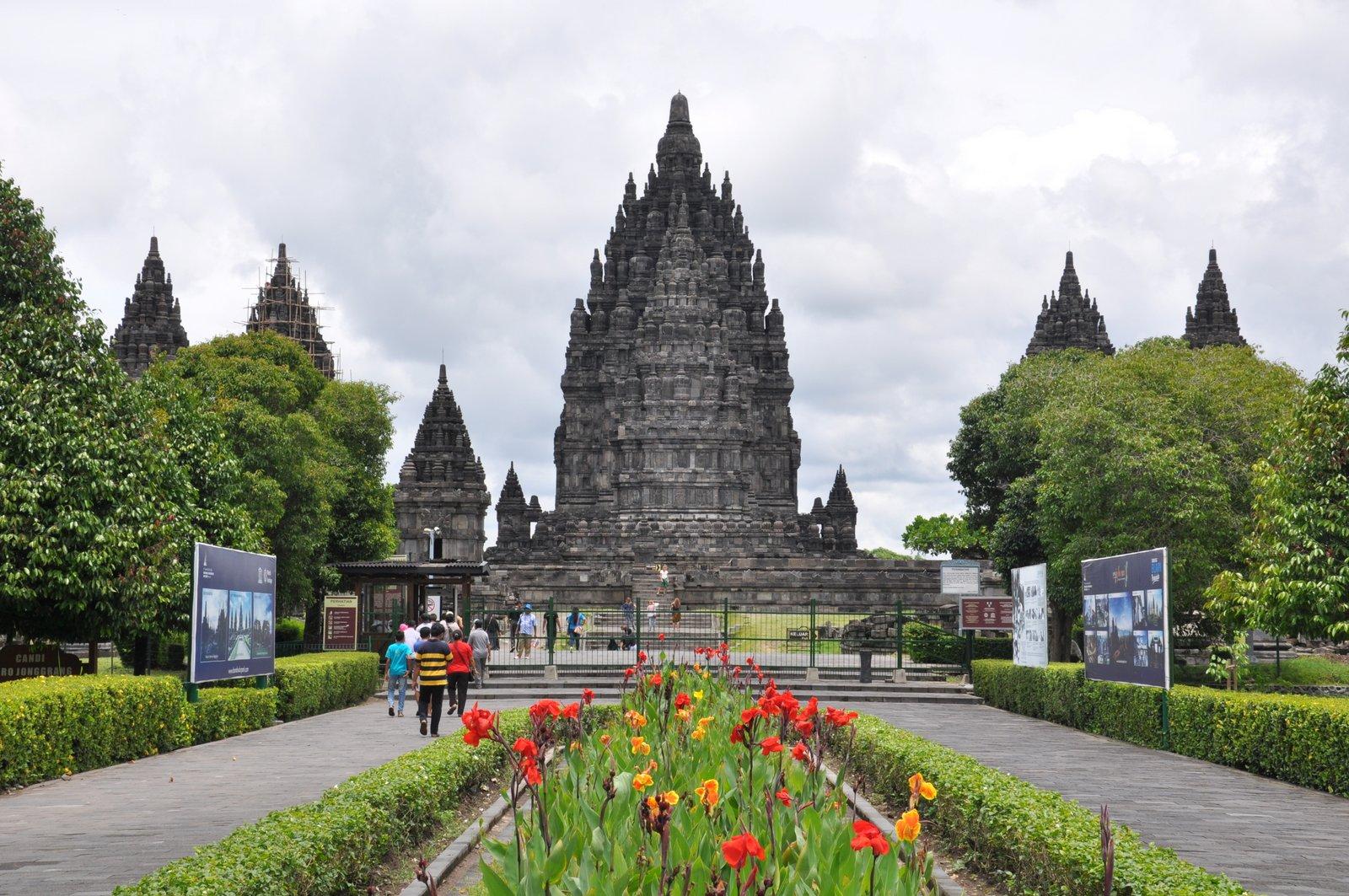 visita-prambanan-templo-Indonesia