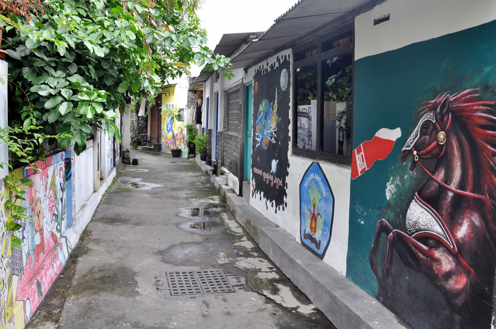 visita-yogyakarta-street-art-taman-sari