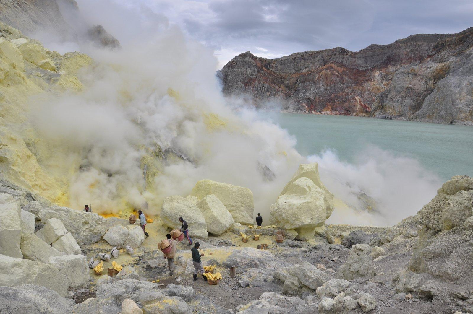 el volcán ijen-sufre