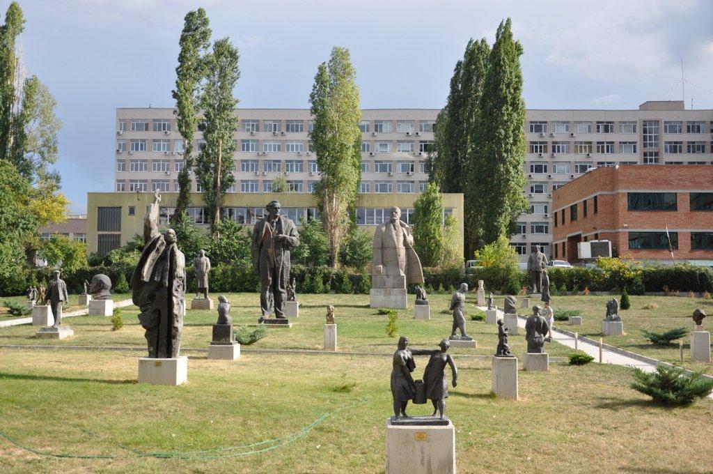 viajes-Bulgaria-museo-arte-socialista-sofía