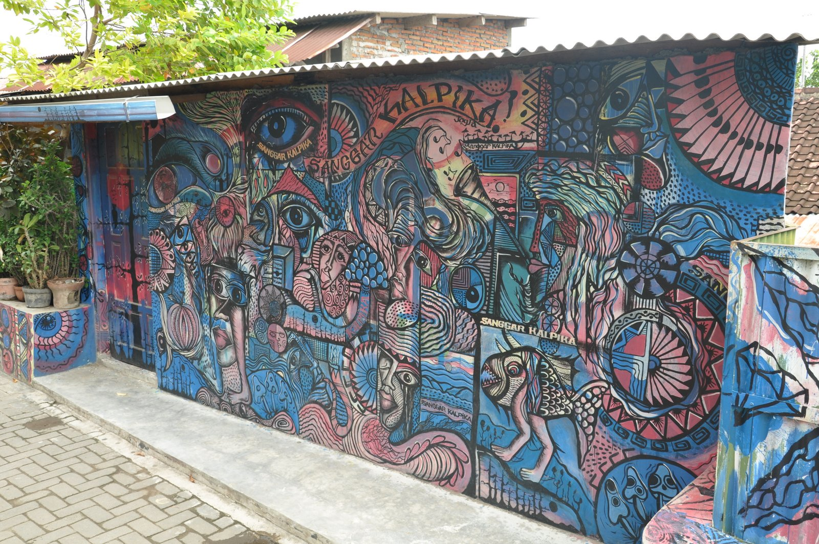 yogyakarta-arte callejero-taman-sari