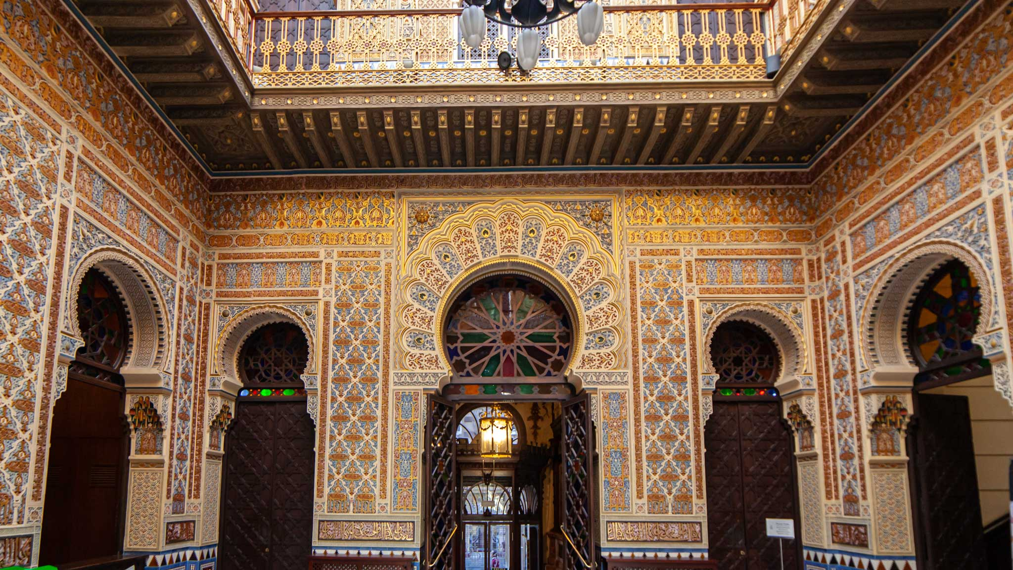 El increíble mosaico islámico en el Casino Real de Murcia