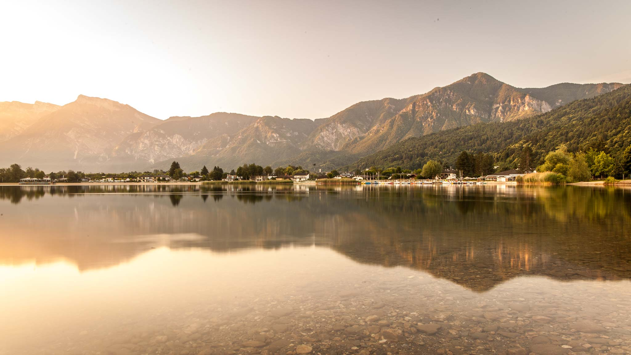 Amanecer en el Lago Caldonazzo