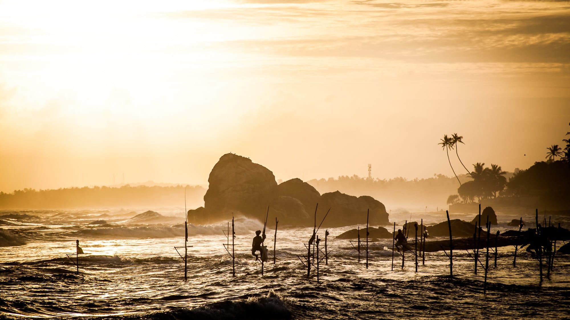 Pescadores de zancos en Sri Lanka