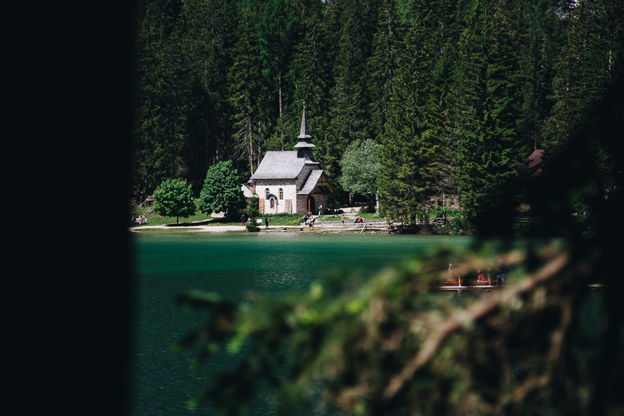 Capilla del Lago di Braies