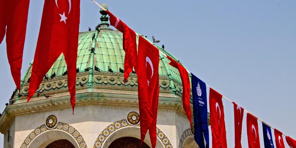 Banderas Estambul Turquía